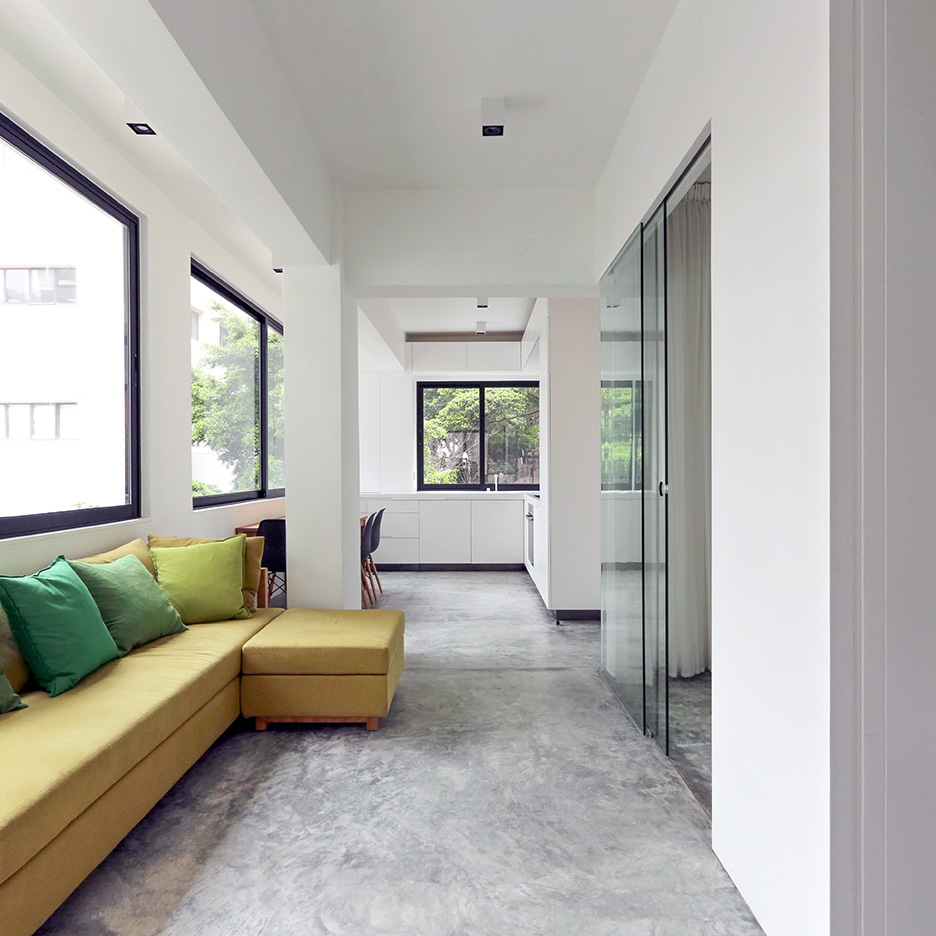 H-residence, rocker lange architects, minimalism Hong-Kong, modern apartment renovation with polished concrete flooring, minimal design, living inside out in the city